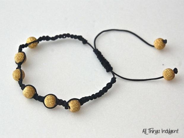 DIY Shamballa Bracelet 1