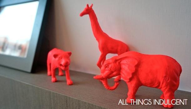 Neon Figurines_4